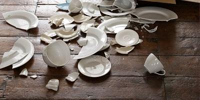 Romper la porcelana