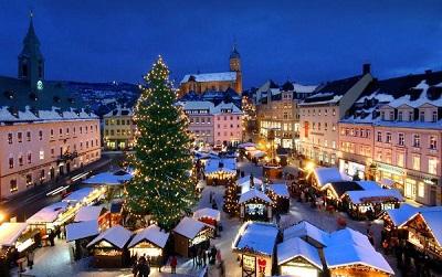 Frohe Weihnachten!    ¡Feliz Navidad!